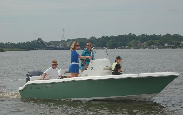 189fs 5 8M | Key West Boats Direct